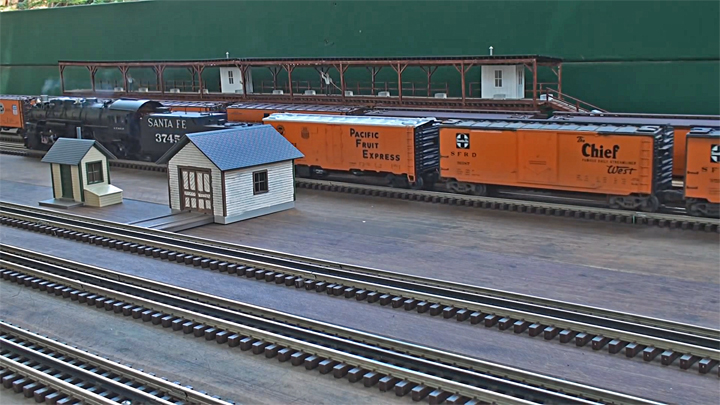 VideoStill Oil Can and PFE Trains2_720p.jpg