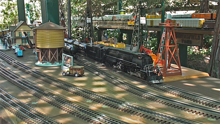 VideoStill Southern Pacific AC-9 works the Inland Route2_720p.jpg